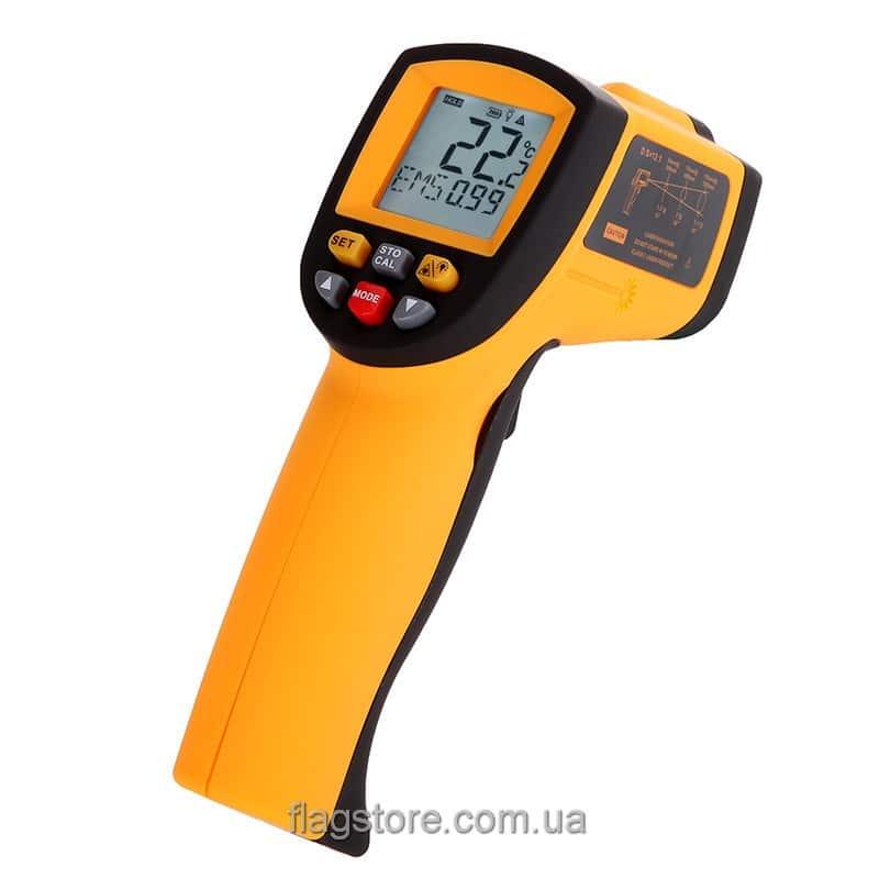 Пирометр GM700 (от -50 до 700 °C) с настраиваемым коэффициентом излучения 3