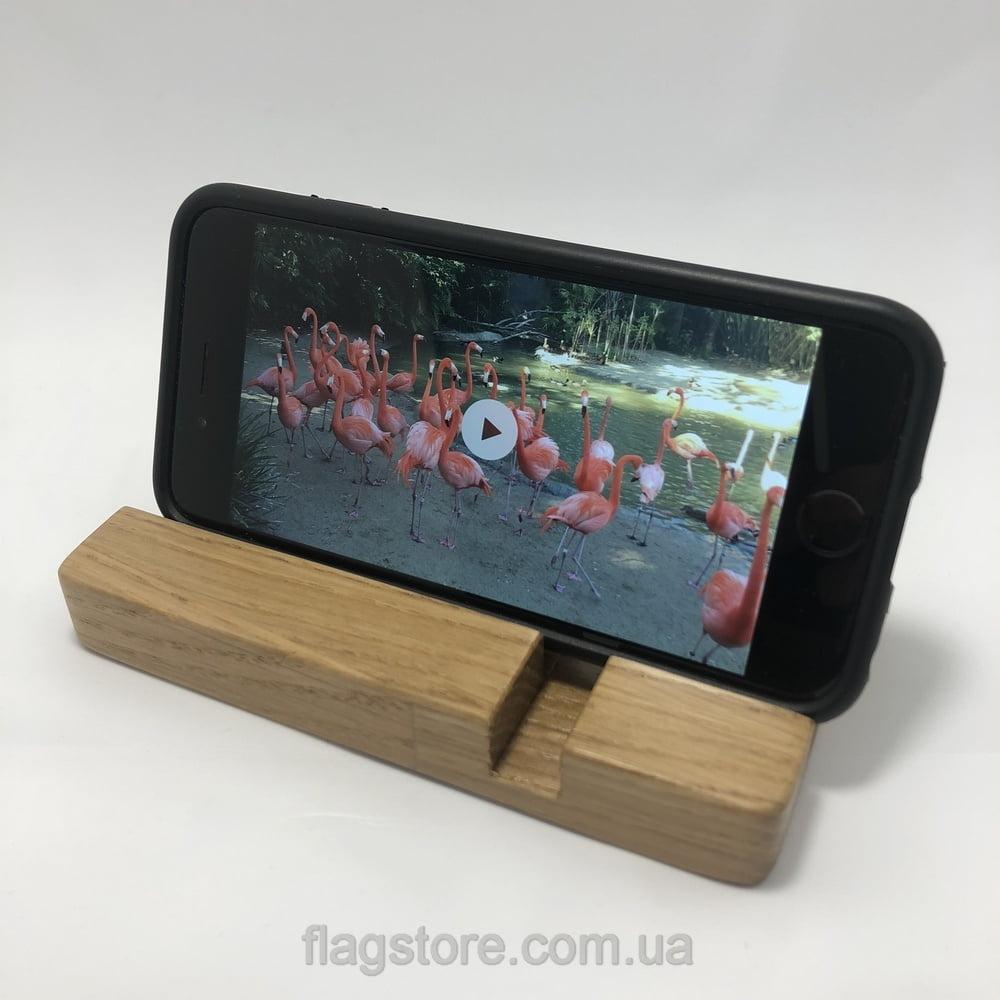 Дубовая подставка для смартфона и планшета 6
